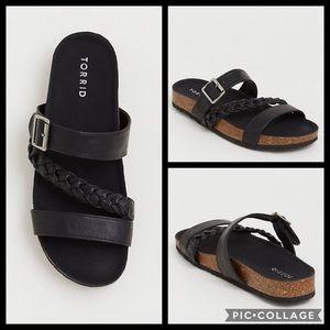 🚫SOLD🚫TORRID• black braided slides